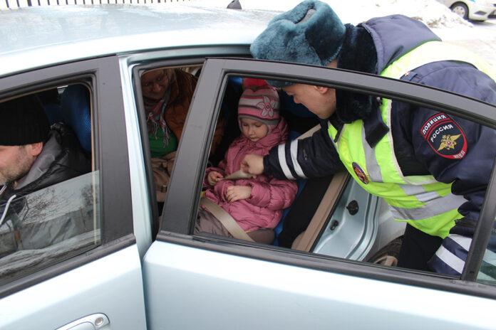Ребенок - пассажир, пешеход